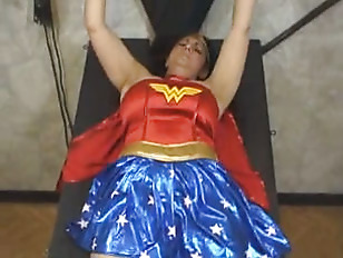 Mellie d as wonder woman gets fucked