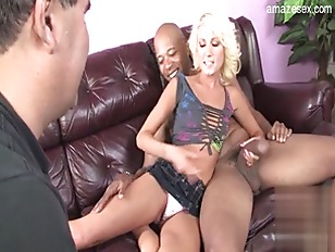 Picture Wet Shaved Pussy Blonde Chick