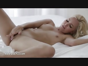 Picture Posing And Masturbating Ultracute Chick