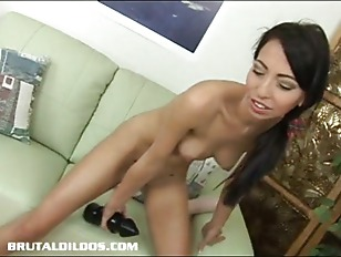 Picture Petite Babe Veronica Filling Her Tight Pussy...