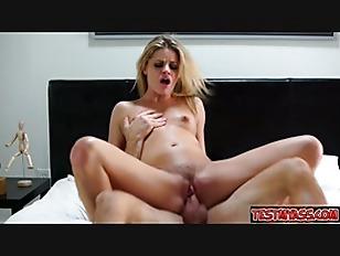 Cute pornstar fuck on bed