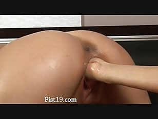 Picture Brutal Fisting Of Two Super Beautiful Girls