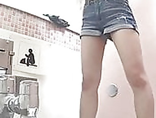 japan toilet spy 1