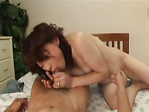 Picture Japanese Mature Gets Creampied