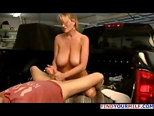 Picture Big Tits MILF Fucking On A Pickup Truck