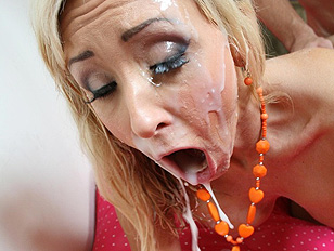 woman forcing men to lick cum