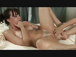 Picture Julia Ann And Dana Licking Pussy