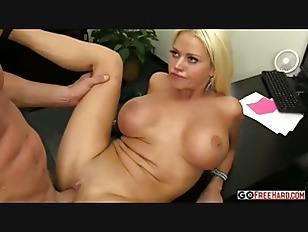 Русское порно со страпоном