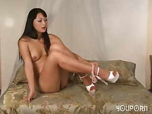 Picture Asian Honey Playing With Her Pussy