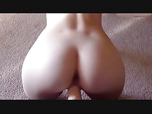 Picture Amateur Blonde Young Girl 18+ Masturbates Wi...