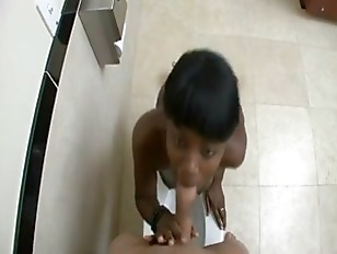 Picture Ebony Slut Nailed In Bathroom