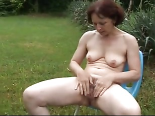 German masturbation and outdoor pissing