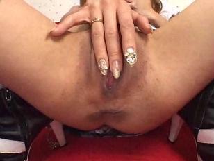 Picture Masturbating Japanese Girl Gets Wet