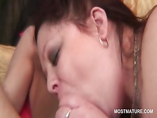 Picture Redhead BBW Mature Pussy Banged Hard From Be...