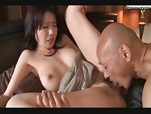 jap milf get her hairy pussy fucked