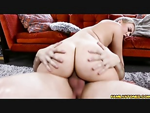 Picture Natalia Starrs Pussy Eaten By Step Bro Her E...