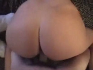 Picture Moaning Young 19yo. Slim Girlfriend Gets Fuc...