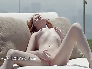 Picture Beautiful Redhead Opening Cunt Outside