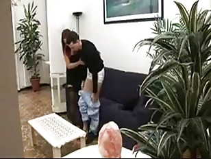 BUSTY ITALIAN MOM ANALYSED & SPRAYED BY HER SON  ROLEPLAY