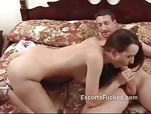 Picture Big Eyes Hooker Blowjob And Close Up
