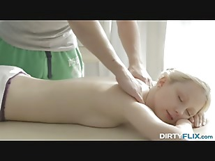 Dirty Flix - Weekend massage l
