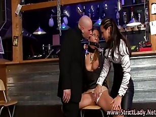 Picture Mistress Hottie Gets Off With Lezdom