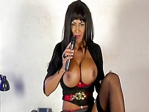 Picture Brunette Big Boob Milf Solo Play