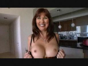 Nude girl vulva