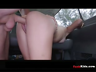wheelchair petite amateur gets fucked