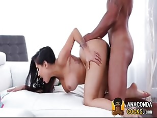 Interracial-Porn With Graceful