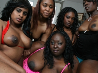 Picture Kali Dreams Ebony Babe Sucks Cock With Frien...