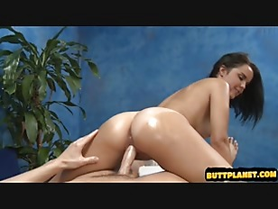 Picture Brunette Young Babe Fuck By Her Massager