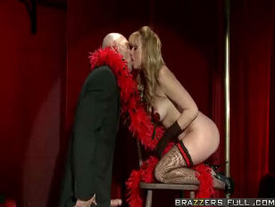 Picture Burlesque Dancer Sucks Cock