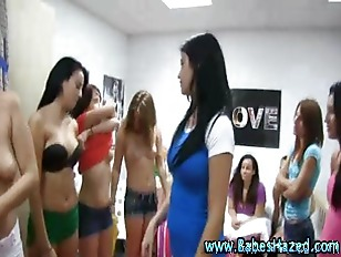 Picture Real College Young Girl 18+ Amateurs Lesbian...
