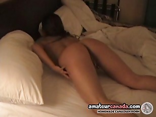 Picture Shy Cameraman Films Busty Costa Rican Amateu...