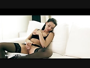 Picture Super Luxury Young Girl 18+ Masturbation In...