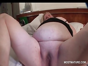 Picture Turned On Mature Blonde Rubbing Her Pink Sna...