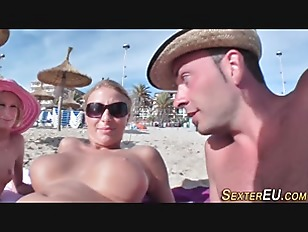 Picture German Babe Outdoor 3some