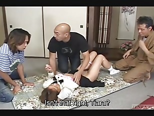 Picture Japanese Schoolgirl Bizarre Spanking And Thr...
