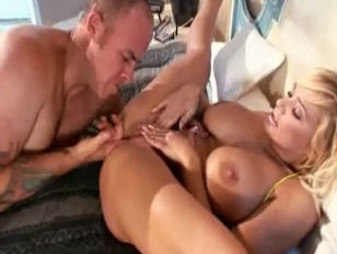 Picture Hot Sexy Busty Blonde Shyla Styles
