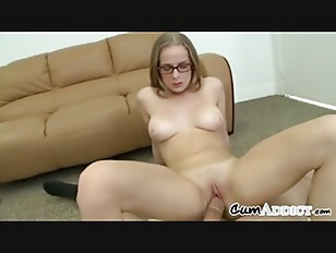 Dirty Babe Swallowing