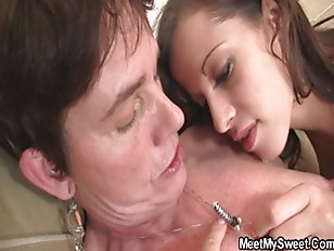 Picture GF Have Oral Fun With Her BFs Family