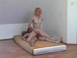 Picture Skinny Amateur Enjoying Anal Sex