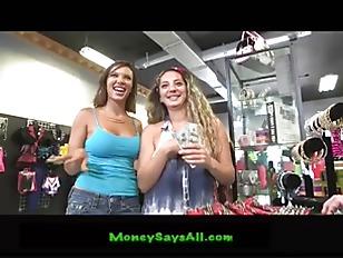 Picture Sexy Shopper P1