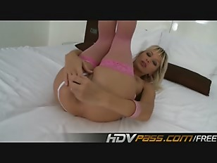 Picture Natali De Angelo Fingering Her Pussy