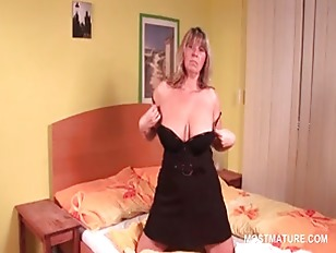 Picture Mature Sex Addict Blonde Working Her Tits An...