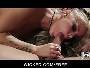 Inked up rocker jessa rhodes loves to be spanked and fucked