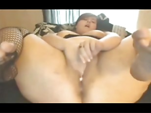 Horny Chubby Bbw Spreading And Cumming