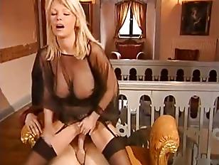 Picture German Blonde MILF In Stockings