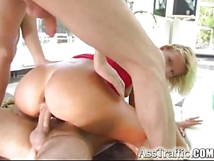 Picture Ass Traffic Tall Blonde Takes Dual Penetrati...